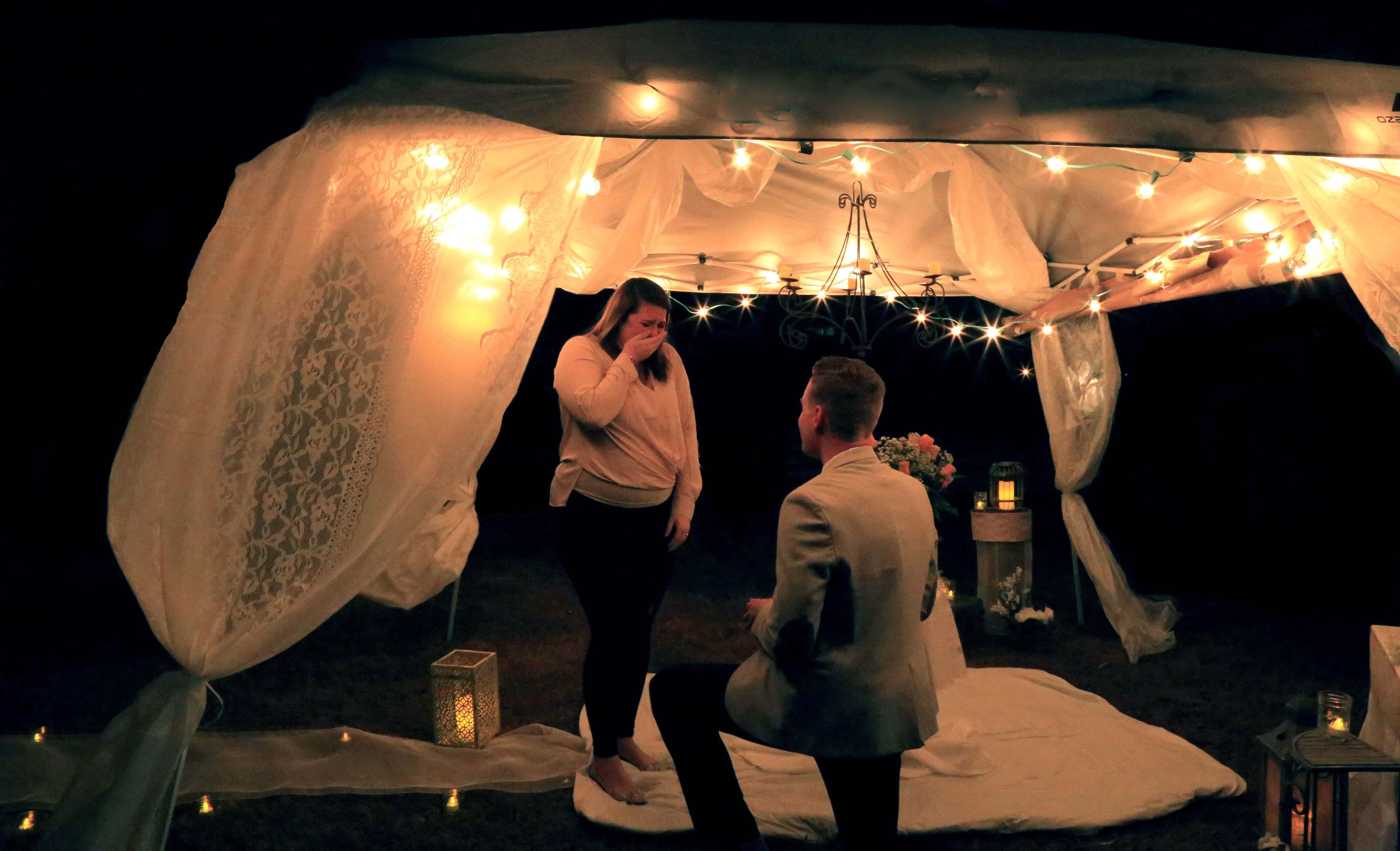Tate's proposal to Mallory.